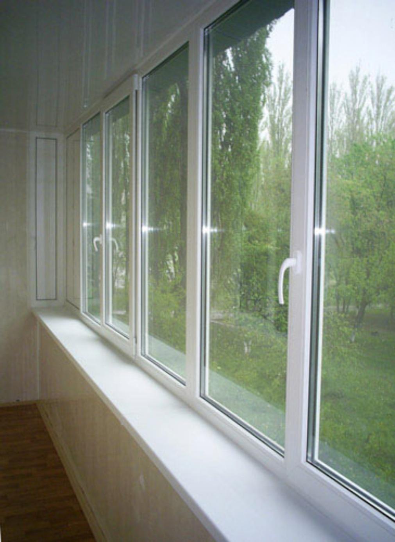Узкий профиль для балкона распашные окна..
